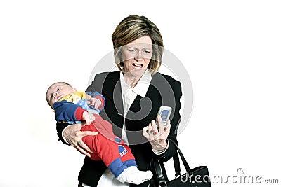 Mulher de negócios com bebê