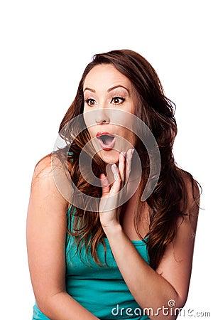 Mulher nova espantada surpreendida