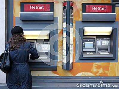 Dinheiro do atm Imagem de Stock Editorial