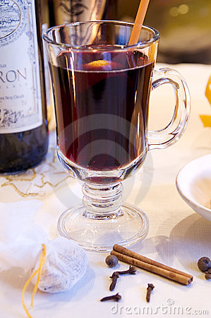 Mulled red wine in a glass mug