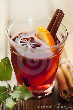 Mulled wine hot toddy