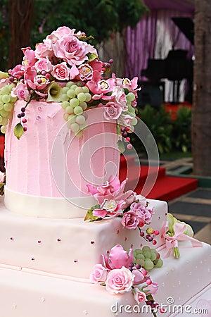 Multi layered wedding cake