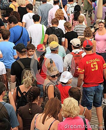 Multidão de turistas Imagem Editorial