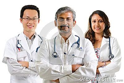 Multiracial доктора