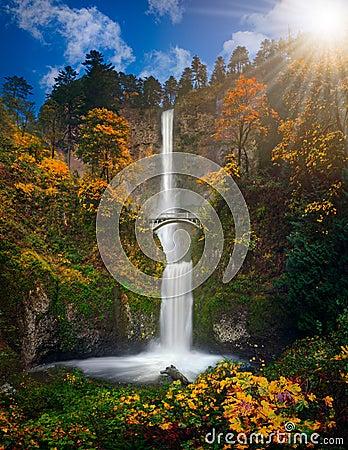 Free Multnomah Falls In Autumn Colors Stock Image - 77366501