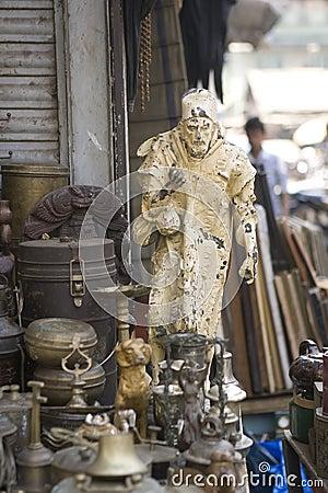 Free MUMBAI, INDIA - May 2014: Chor Bazaar - Antique Indian Thieves M Royalty Free Stock Photo - 54494115