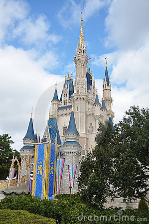Mundo de Walt Disney del castillo de Disney Cinderella Foto de archivo editorial
