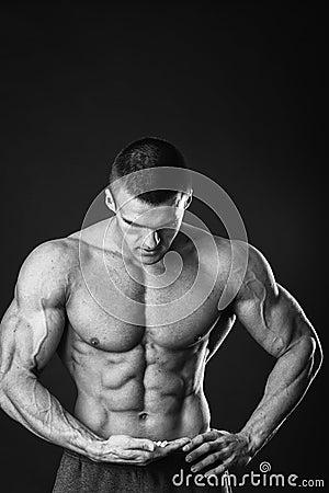 Free Muscular Man Bodybuilder Stock Photo - 53717050