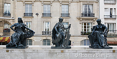 Musee d Orsay Museum Outside Statues