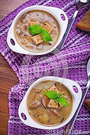 Mushroom soup with potato