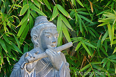 Musical Chinese statue
