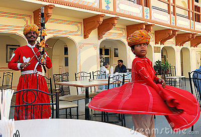 Musician and dancer in the City Palace in Jaipur Editorial Photography
