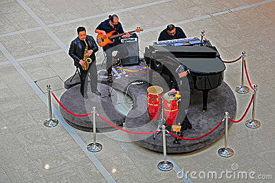 Musicians at ifc mall, hong kong Editorial Photo