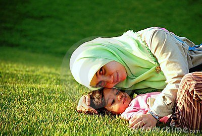 A Muslim Mother and Daughter