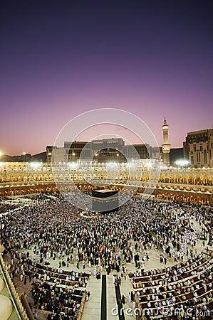 Free Muslim Pilgrims Circumambulate The Kaaba At Dawn Royalty Free Stock Images - 23847269