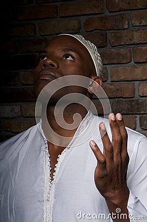 Muslim Prays