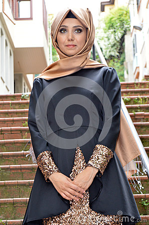 Free Muslim Young Woman Stock Images - 50070824