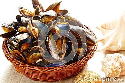 Mussels w koszu
