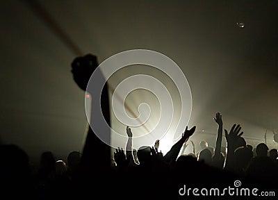 Muzikaal Overleg - Christen - met het uplifted handen aanbidden