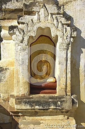 Myanmar, Bagan: Statue in a pagoda