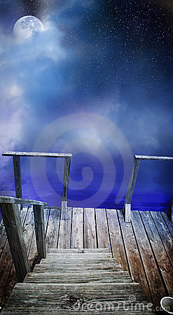 Free Mysterious Dock Royalty Free Stock Photos - 4344198