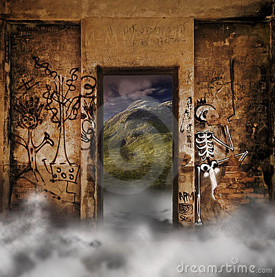 Free Mystery Door Royalty Free Stock Photos - 18073448