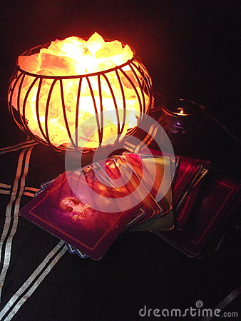 Free Mystical Fire Crystal Cage Lamp Stock Image - 73789611