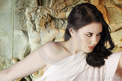 Mythologie grecque de Musa. Femelle avec le voile blanc