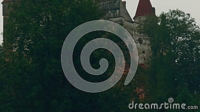 Närbildskott av den original- Dracula slotten i kli, Transylvania, Rumänien arkivfilmer