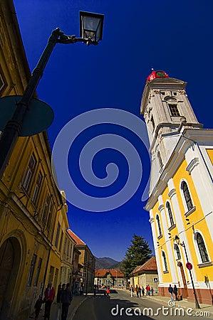 Één van de historische kerken van de Merrie Baia.
