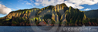 Na Pali Coast located on Kauai, Hawaii