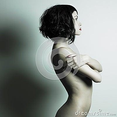 Naakte elegante vrouw