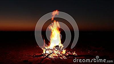 Nachtzeitlagerfeuer