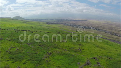 Nad wzgórzami powietrznymi zdjęcie wideo