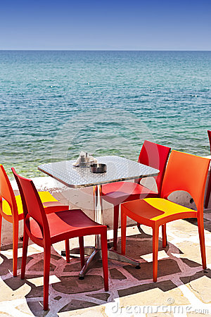 Nadmorski łasowania stół