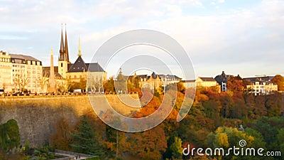 Nadruk op de stad van Luxemburg stock footage