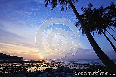 Nai Yang beach at dusk