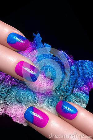 Free Nail Art. Fluor Nail Polish And Mineral Colorful Eye Shadow Royalty Free Stock Photography - 41086397