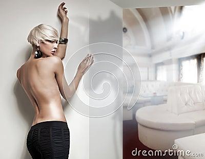 Naked  blonde beauty