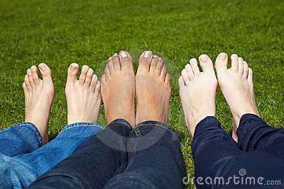 Naked toes in a park
