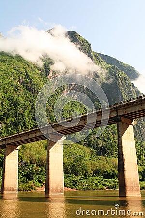 Nam-ou bridge at nhong-kiew