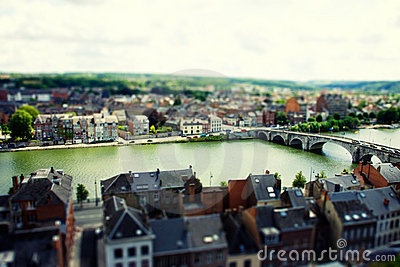 Namen tilt and shift