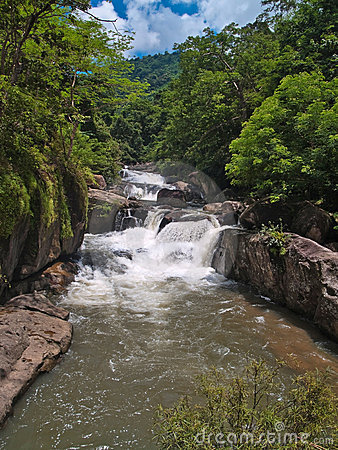 Free Nangrong Waterfall Royalty Free Stock Photo - 16374605
