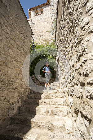 Free Narrow Alley In Èze Village, France Royalty Free Stock Photo - 77054265
