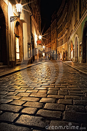 Free Narrow Alley With Lanterns In Prague At Night Royalty Free Stock Photography - 19685967