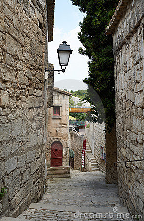 Narrow street in Baux village