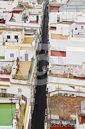 Narrow street in Cadiz