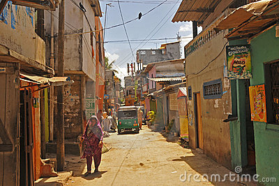 Narrow street in Colombo (Sri Lanka) Editorial Stock Image