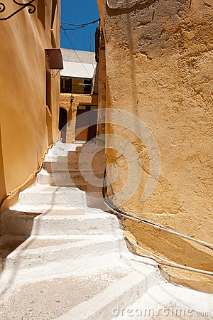 Narrow street in Grece