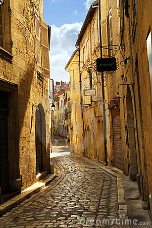 Free Narrow Street In Perigueux Stock Images - 3983544